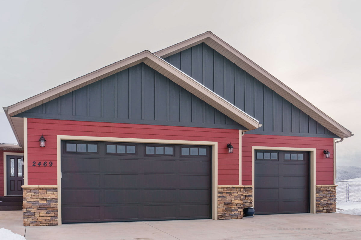 Bold And Beautiful Garage Diamond Kote 174 Building Products